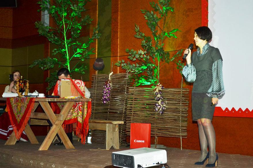 Мария Бондаренко отметила что, несмотря на кризис, продажи лазерных устройств тоже выросли, и особенно продажи оригинальных ч/б картриджей